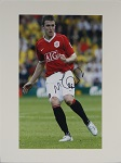 Michael Carrick Autographed 8x10 Matted